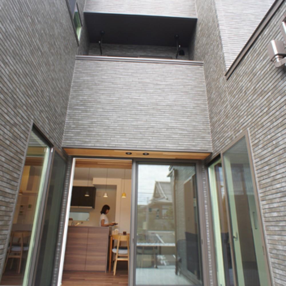 U shaped House SEA SIDE|新潟市