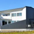長岡市曙モデルハウス|台形敷地から生まれた切り取られた家