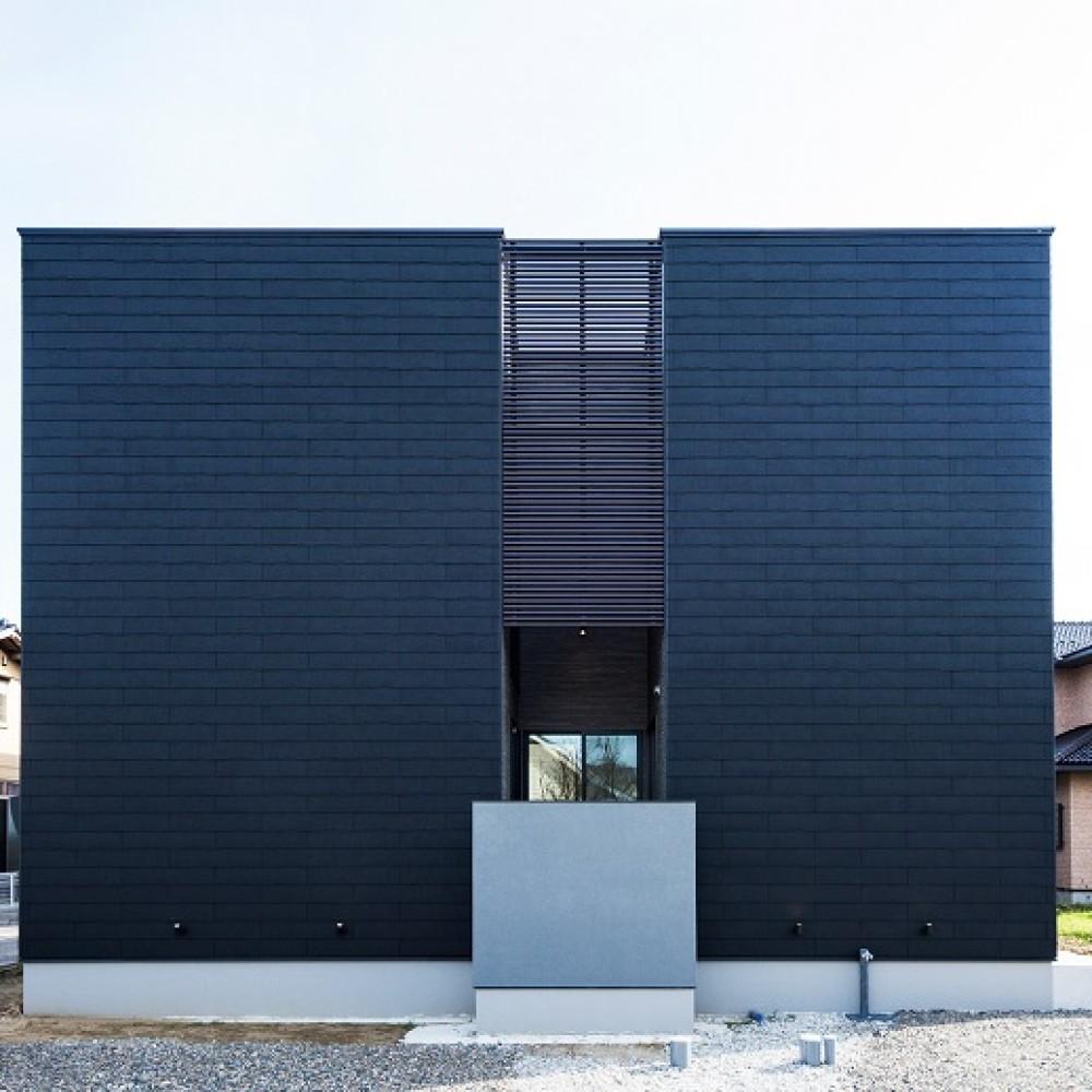 グレージュのコントラストが際立つ大空間 新潟市西区 I様邸
