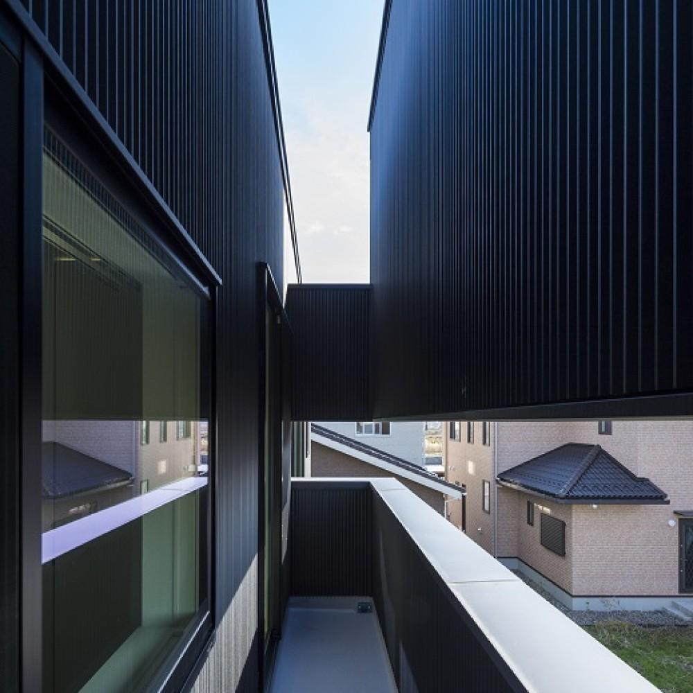 グレージュのコントラストが際立つ大空間|新潟市西区|I様邸