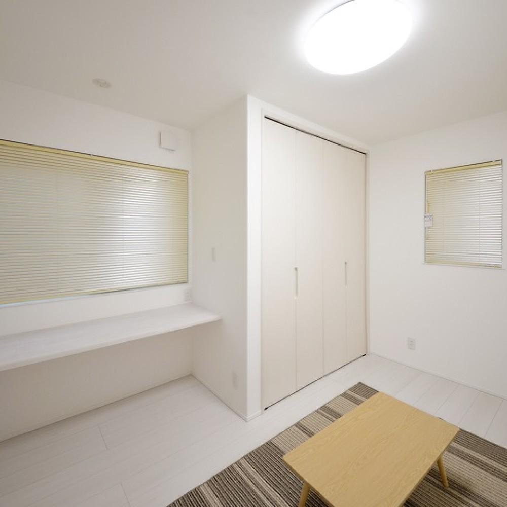 収納とこだわりにあふれた二世帯同居型住宅 – KAJIRAKU DESIGN case.37 長岡市 K様邸