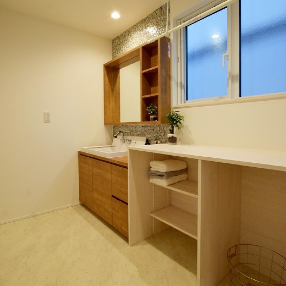 敷地を活かす凹凸の家|新潟市西区|H様邸