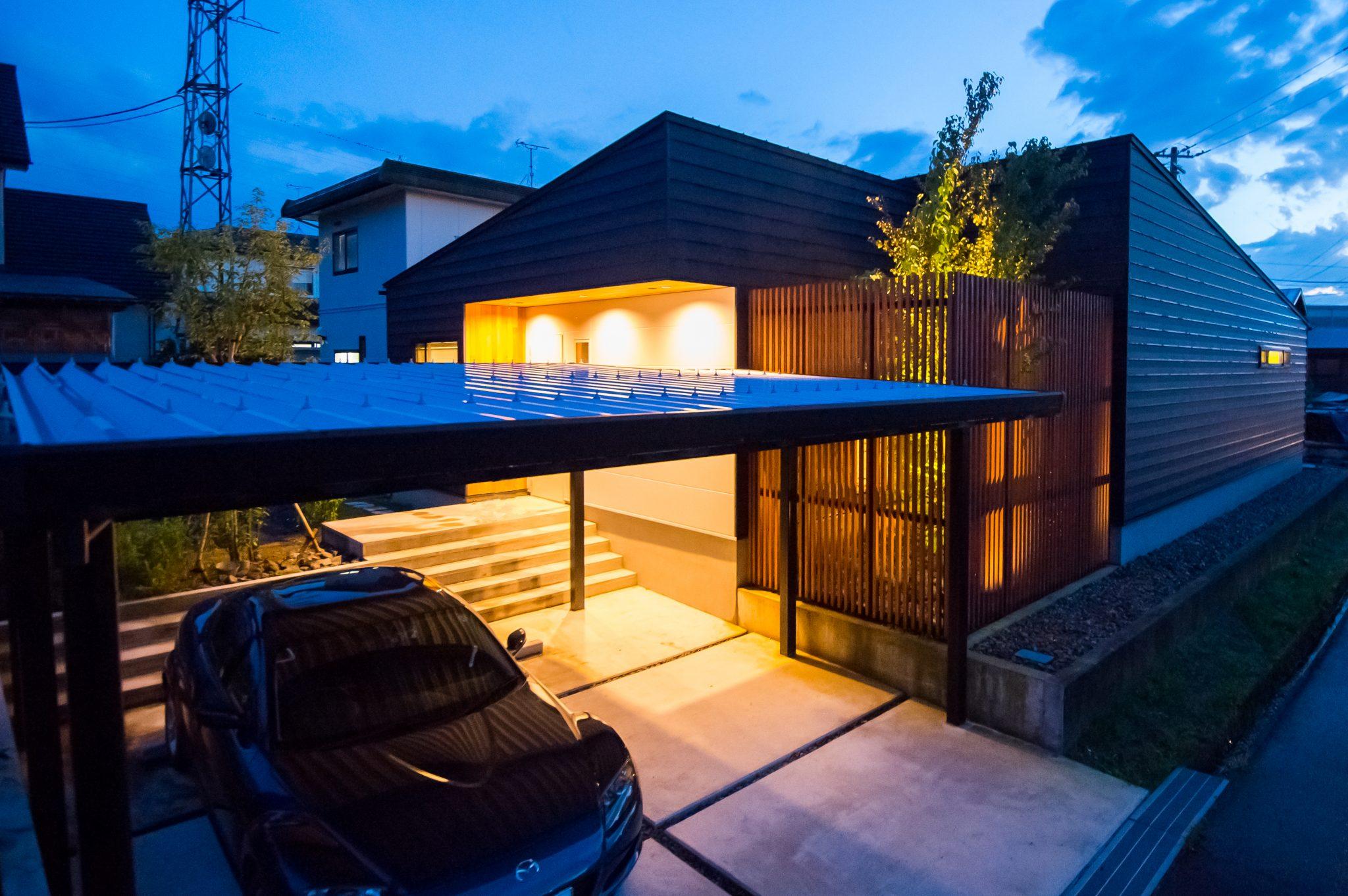 ミニマルデザインとナチュラルモダンが共存する平屋住宅|田上町|T様邸