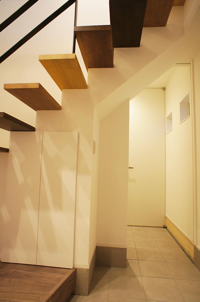 シンプルにまとめたオトナ空間|三条市|W様邸