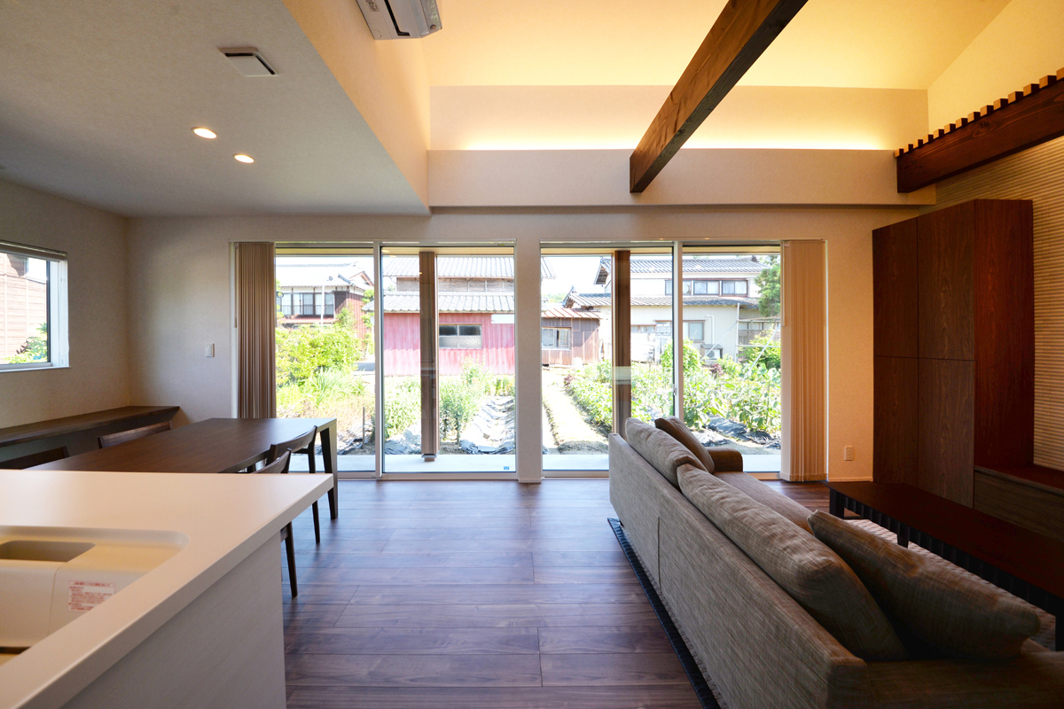 ウチとソトがつながる開放的な家|三条市|T様邸