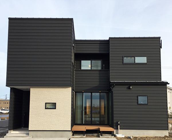 光と風を導く開放感あふれる中庭の家|新潟市西区|K様邸