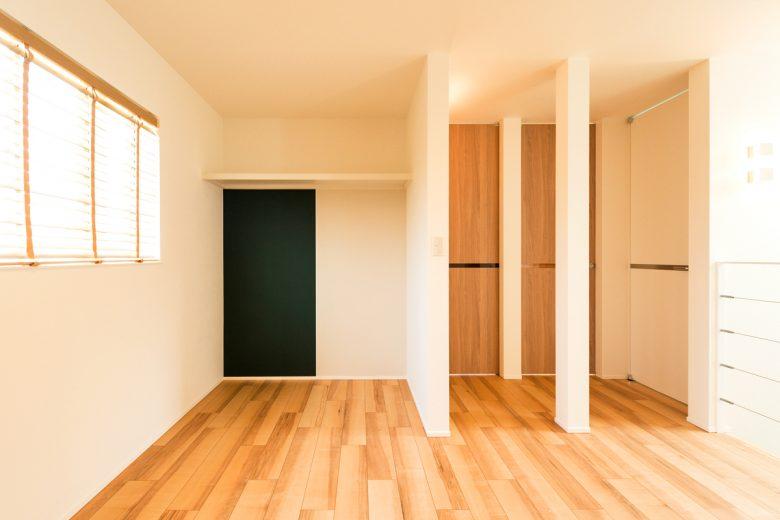 閉じつつ、受け入れ、開く|長岡モデルハウス