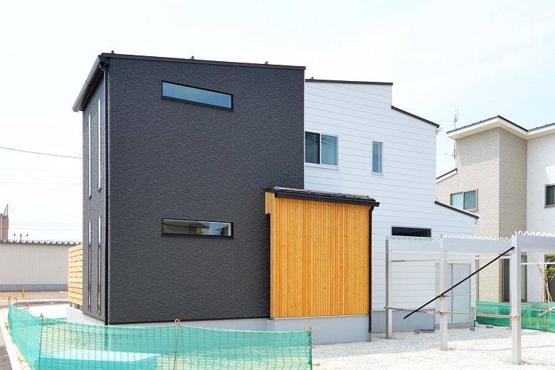 ideal home 素材がつくるデザイン|長岡市|I様邸