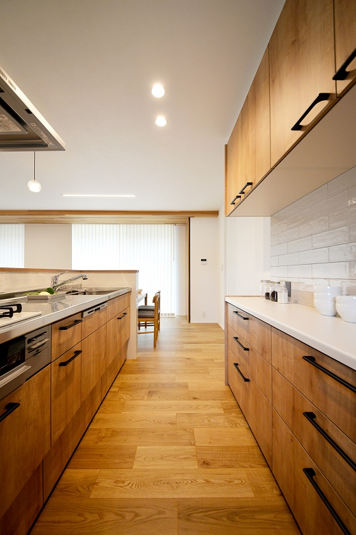 一日中陽射しが差し込む家事ラクなデザイン住宅|三条市|H様邸