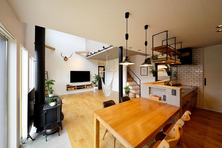 暖炉と暮らす家|三条市|H様邸