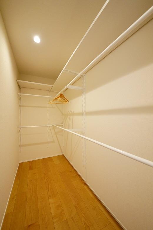 大人シンプルな空間と、子どもたちの遊び心が詰まった住まい – KAJIRAKU NATURAL case.35 新潟市西蒲区 S様邸