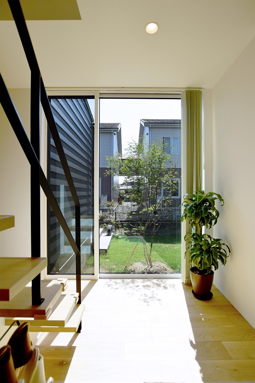 中庭を中心に繋がり、それぞれの暮らしを尊重する住まい|新潟市秋葉区|A様邸