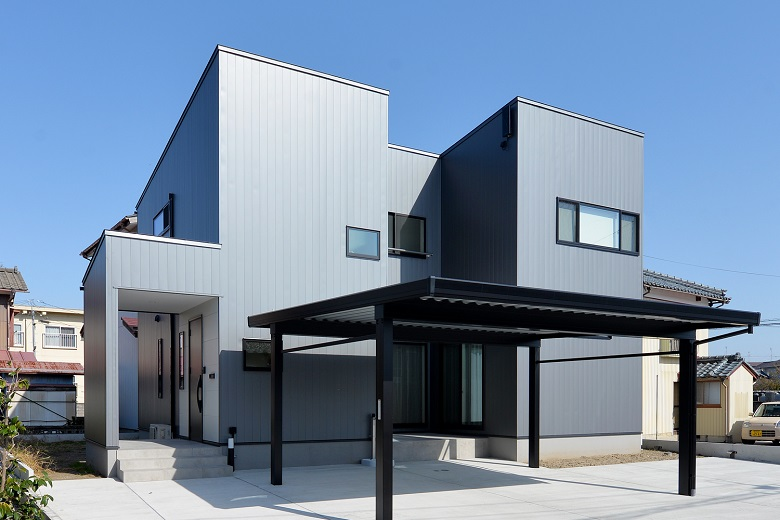 インテリアと家事動線にこだわったナチュラルモダンの家|新潟市秋葉区|S様邸