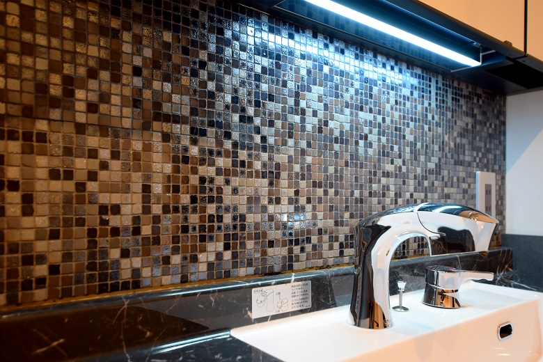 新潟市中央区|モールテックスと間接照明が際立つお店のような住まい|完成見学会【完全予約制】