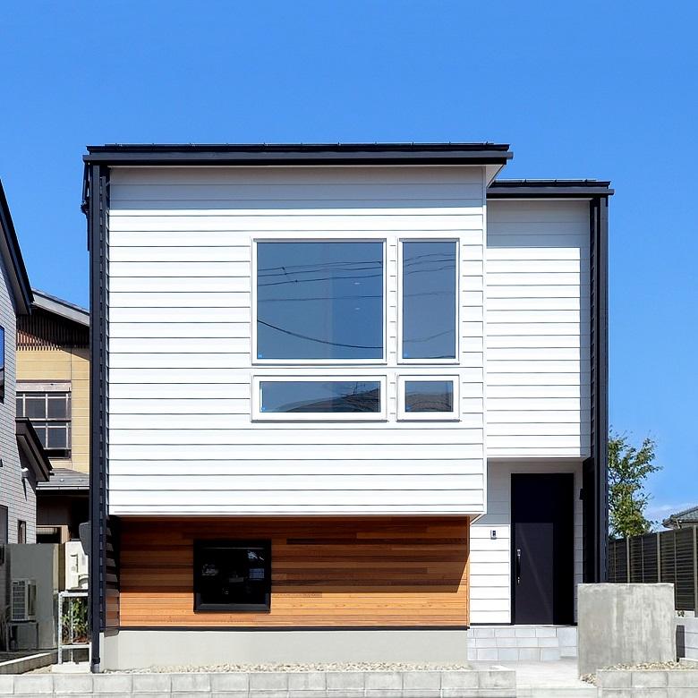 【販売中】上越市春日新田モデルハウス| 開放感と一体感を生むスキップフロアの家