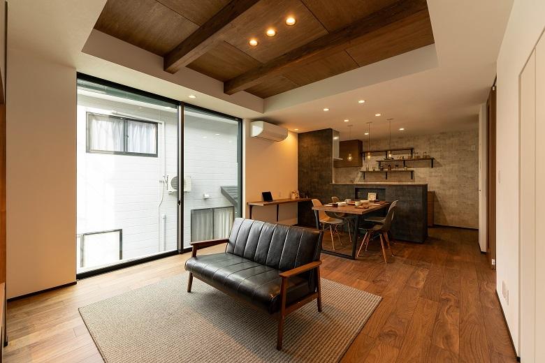 新潟市東区|変形敷地に建つこだわりのコンパクトハウス|完成見学会【完全予約制】